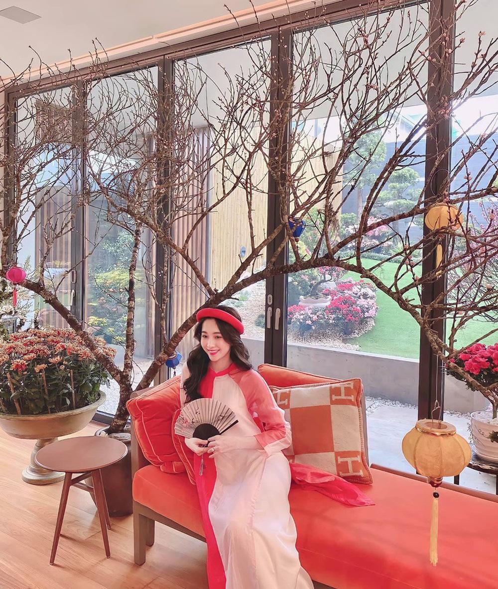 Đỗ Thị Hà và dàn Hoa hậu diện áo dài đầu xuân, ai cũng xinh đẹp ngút ngàn - Ảnh 9.
