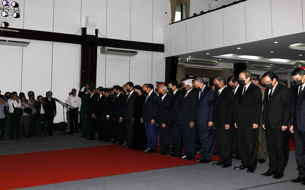 [ẢNH] Lễ viếng nguyên Phó Thủ tướng Trương Vĩnh Trọng tại Hà Nội và Bến Tre - Ảnh 17.