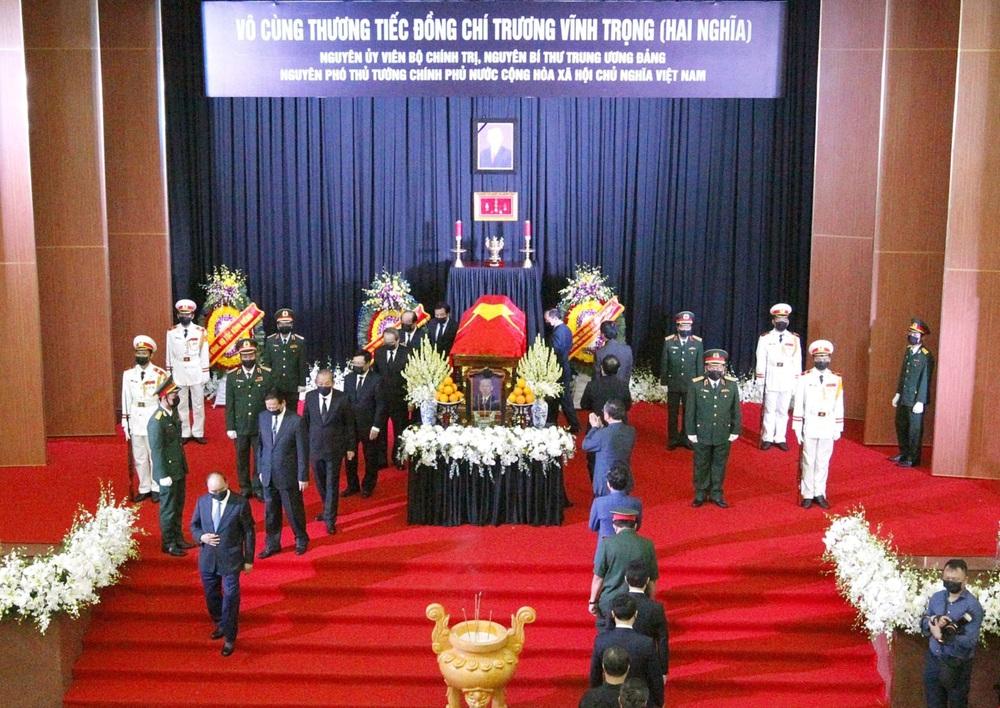 [ẢNH] Lễ viếng nguyên Phó Thủ tướng Trương Vĩnh Trọng tại Hà Nội và Bến Tre - Ảnh 16.