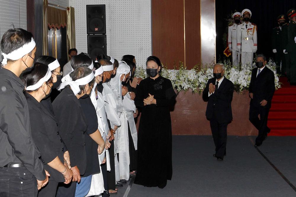 [ẢNH] Lễ viếng nguyên Phó Thủ tướng Trương Vĩnh Trọng tại Hà Nội và Bến Tre - Ảnh 24.