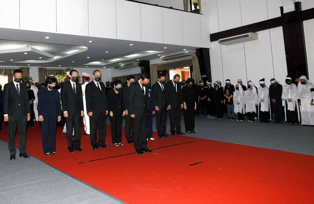 [ẢNH] Lễ viếng nguyên Phó Thủ tướng Trương Vĩnh Trọng tại Hà Nội và Bến Tre - Ảnh 19.