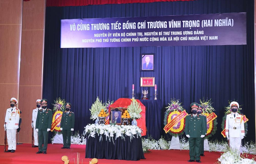 [ẢNH] Lễ viếng nguyên Phó Thủ tướng Trương Vĩnh Trọng tại Hà Nội và Bến Tre - Ảnh 13.