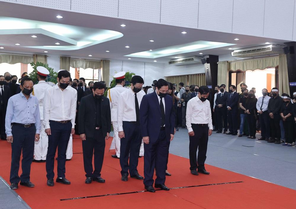 [ẢNH] Lễ viếng nguyên Phó Thủ tướng Trương Vĩnh Trọng tại Hà Nội và Bến Tre - Ảnh 27.