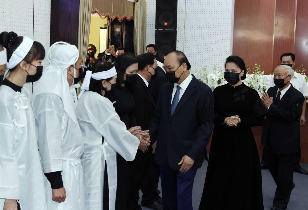 [ẢNH] Lễ viếng nguyên Phó Thủ tướng Trương Vĩnh Trọng tại Hà Nội và Bến Tre - Ảnh 22.
