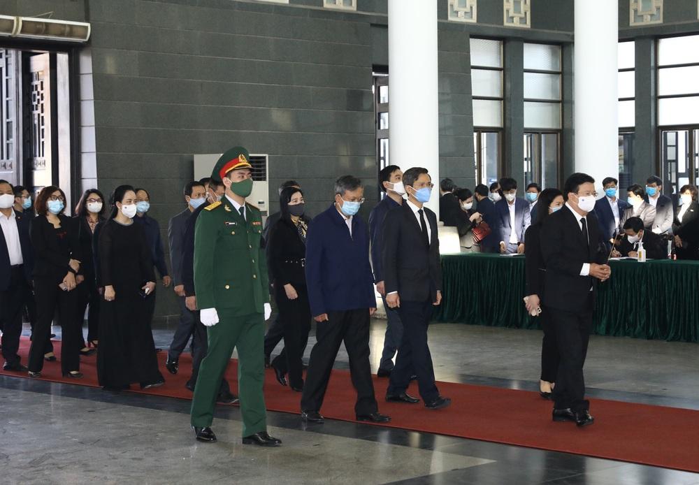 [ẢNH] Lễ viếng nguyên Phó Thủ tướng Trương Vĩnh Trọng tại Hà Nội và Bến Tre - Ảnh 9.