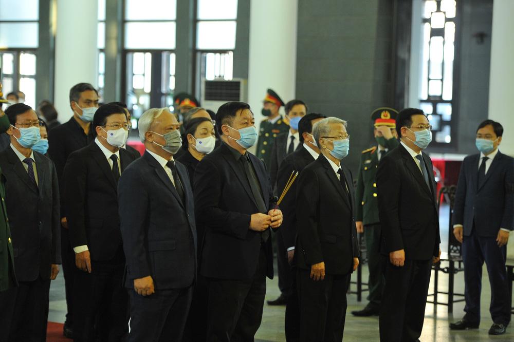 [ẢNH] Lễ viếng nguyên Phó Thủ tướng Trương Vĩnh Trọng tại Hà Nội và Bến Tre - Ảnh 6.