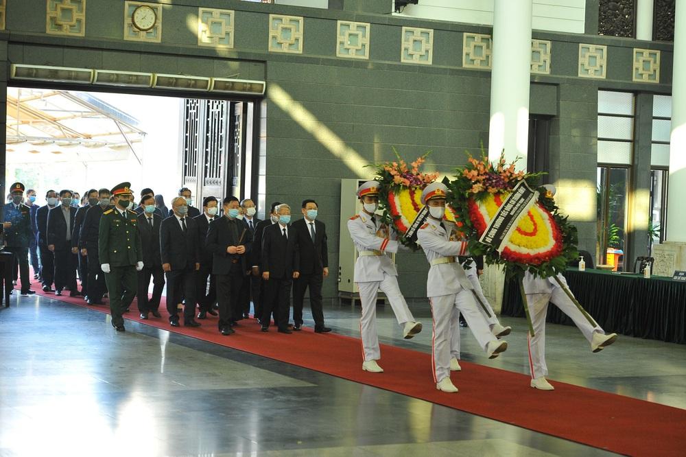 [ẢNH] Lễ viếng nguyên Phó Thủ tướng Trương Vĩnh Trọng tại Hà Nội và Bến Tre - Ảnh 5.