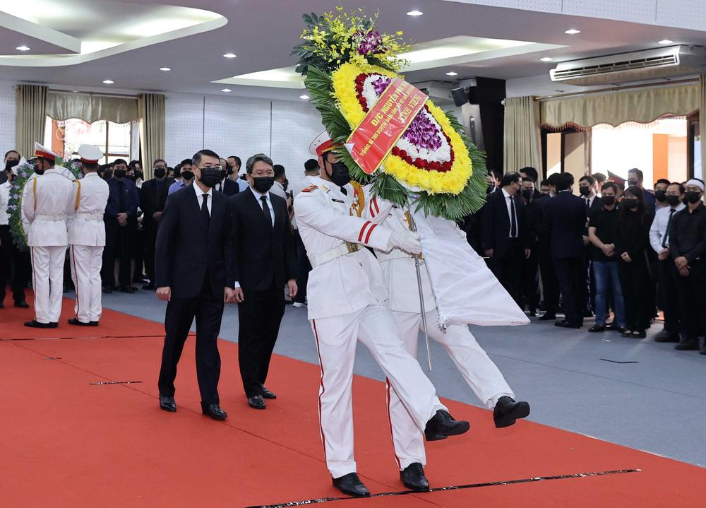 [ẢNH] Lễ viếng nguyên Phó Thủ tướng Trương Vĩnh Trọng tại Hà Nội và Bến Tre - Ảnh 25.