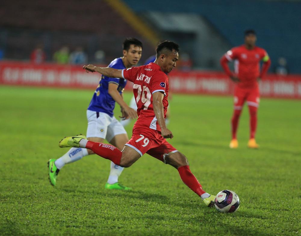 ẢNH: Đánh bại CLB Hải Phòng, CLB Hà Nội có chiến thắng đầu tiên tại V.League 2021 - Ảnh 10.