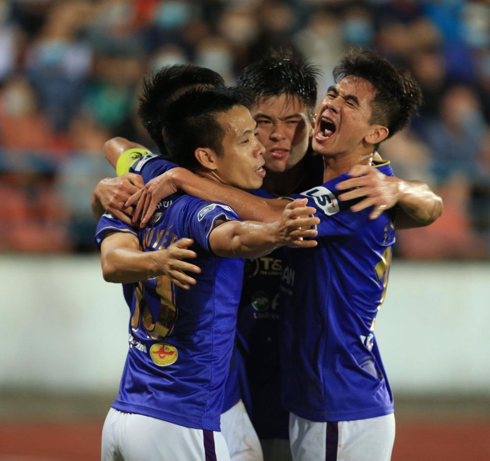 ẢNH: Đánh bại CLB Hải Phòng, CLB Hà Nội có chiến thắng đầu tiên tại V.League 2021 - Ảnh 13.