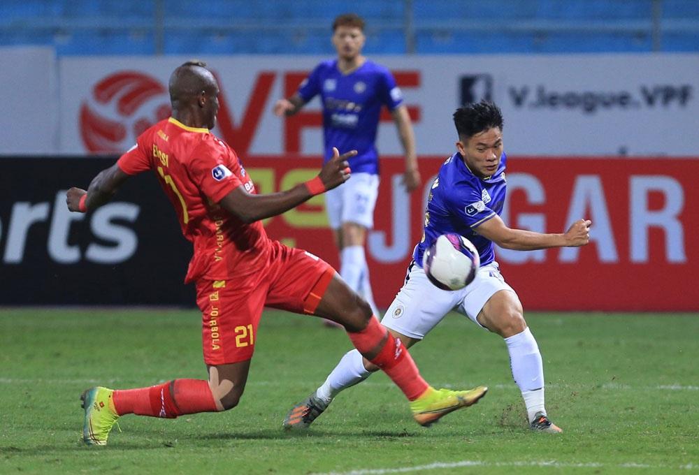 ẢNH: Nhọc nhằn vượt qua Đông Á Thanh Hoá, CLB Hà Nội có chiến thắng thứ 2 liên tiếp - Ảnh 4.