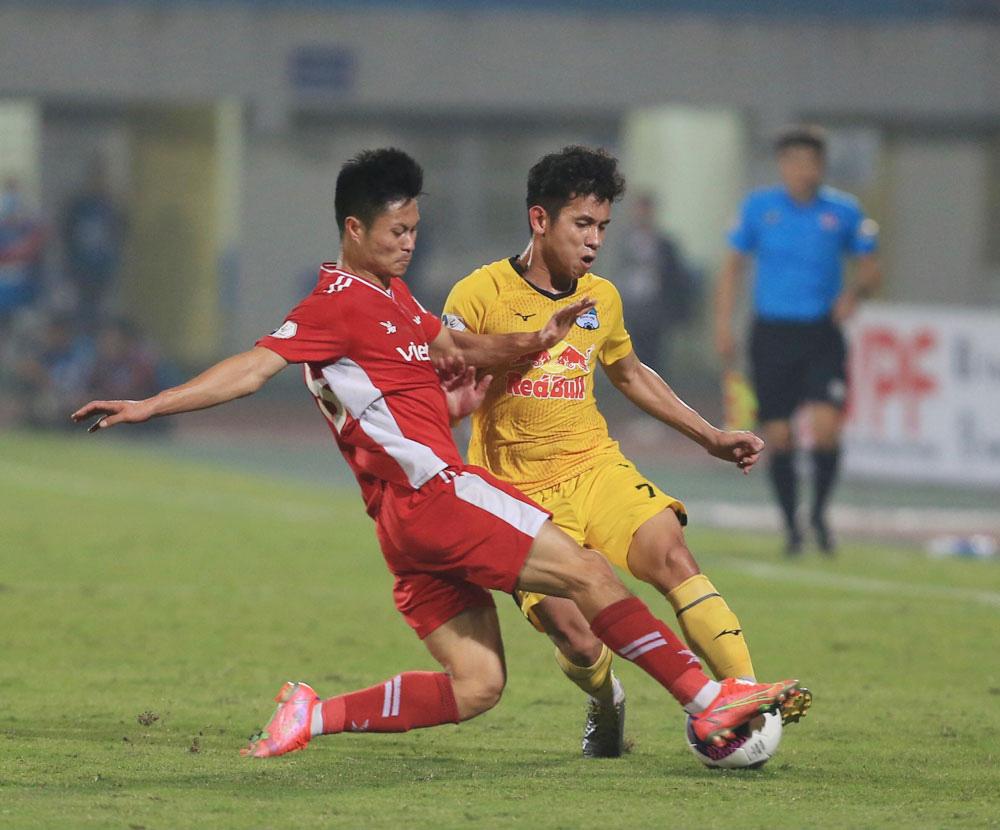 ẢNH: Công Phượng, Văn Thanh lập công, HAGL đánh bại ĐKVĐ V.League Viettel - Ảnh 1.