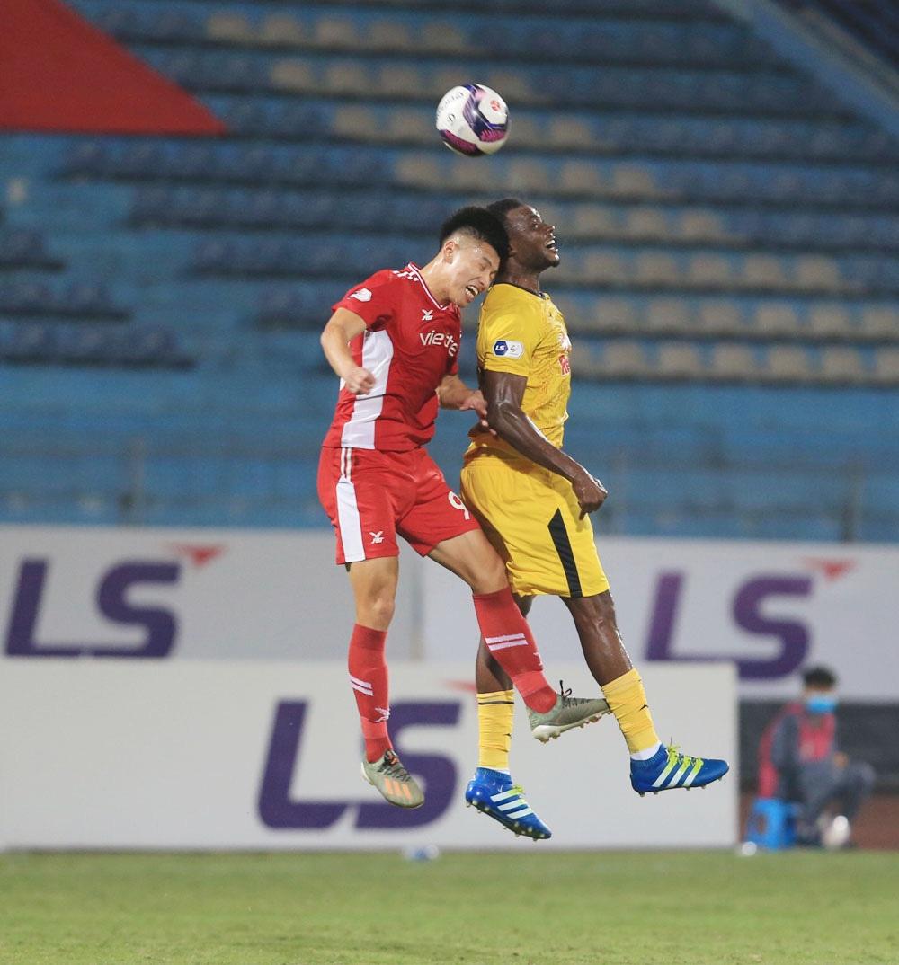 ẢNH: Công Phượng, Văn Thanh lập công, HAGL đánh bại ĐKVĐ V.League Viettel - Ảnh 3.