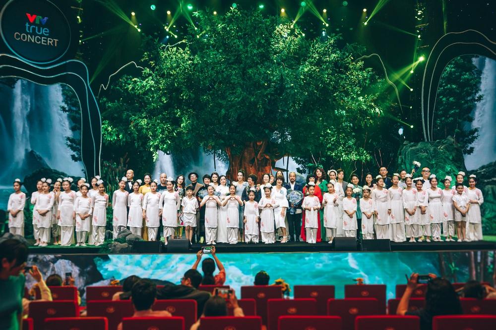 Dàn nghệ sĩ hội tụ trong show nghệ thuật hàn lâm VTV True Concert 2021 - Ảnh 23.