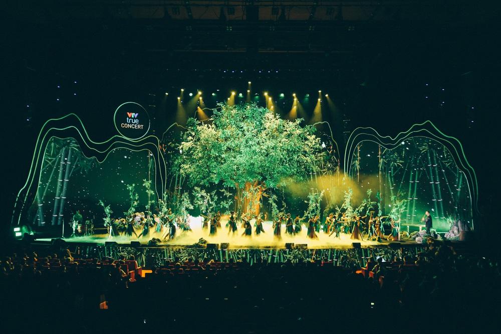 Dàn nghệ sĩ hội tụ trong show nghệ thuật hàn lâm VTV True Concert 2021 - Ảnh 1.