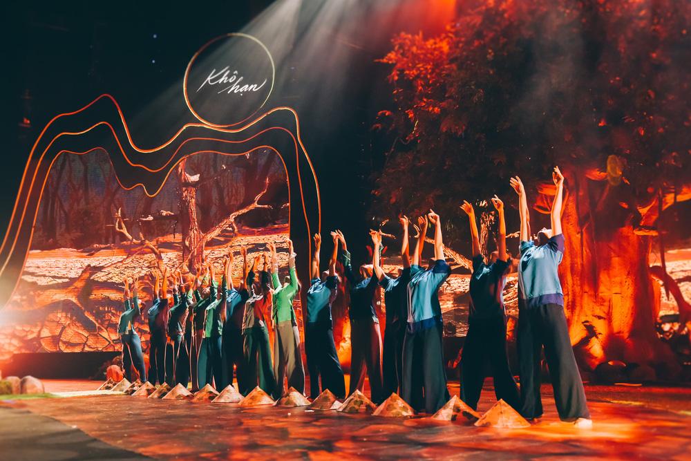 Dàn nghệ sĩ hội tụ trong show nghệ thuật hàn lâm VTV True Concert 2021 - Ảnh 10.