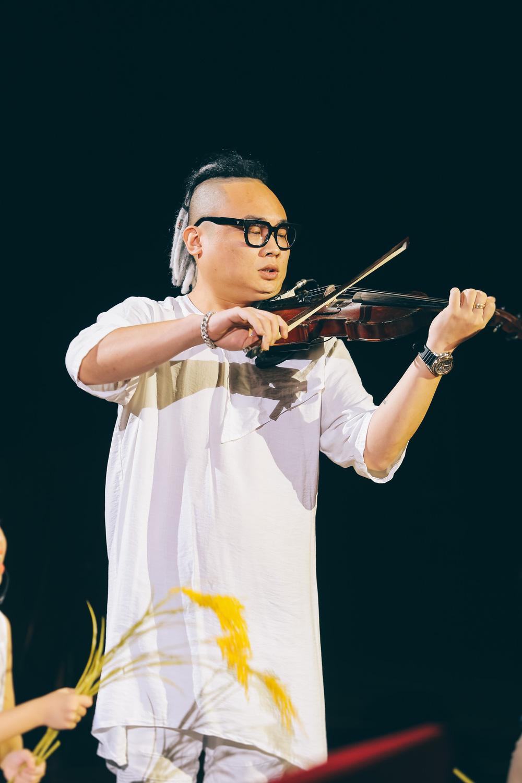 Dàn nghệ sĩ hội tụ trong show nghệ thuật hàn lâm VTV True Concert 2021 - Ảnh 12.