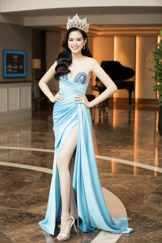 Đỗ Thị Hà nổi bật giữa dàn Hoa hậu tại họp báo Miss World Vietnam 2021 - Ảnh 1.