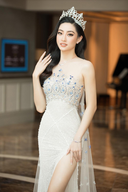 Đỗ Thị Hà nổi bật giữa dàn Hoa hậu tại họp báo Miss World Vietnam 2021 - Ảnh 3.