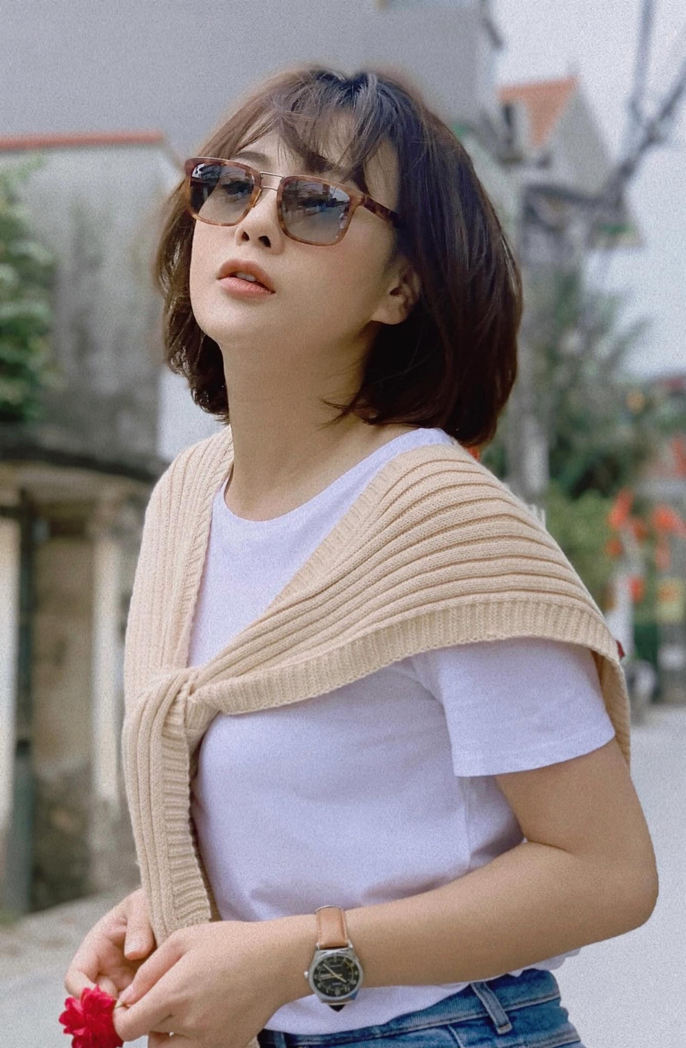 Dàn diễn viên Việt tuần qua: Quỳnh Kool hóa nữ sinh, Bảo Thanh hạ sinh con gái - Ảnh 3.