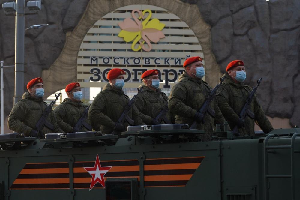 Nga diễn tập duyệt binh kỷ niệm Ngày Chiến thắng - Ảnh 4.