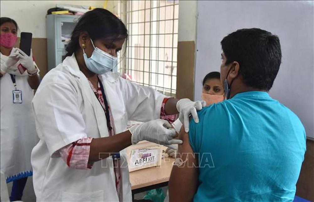 Dương tính với SARS-CoV-2 sau tiêm vaccine - Có nên lo lắng? - ảnh 2