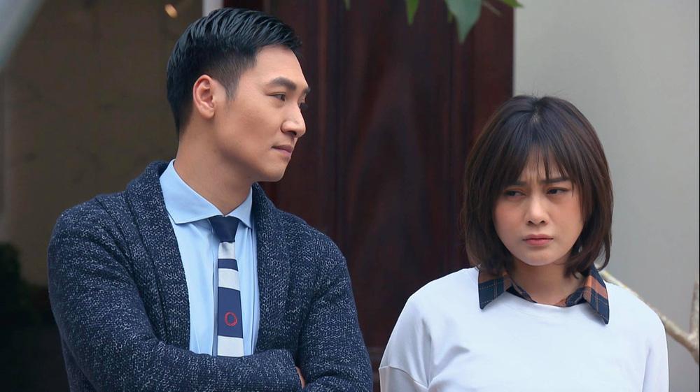 Loạt áo len nhìn là hãi của Phương Oanh khi Hương vị tình thân phát đúng thời tiết gần 40 độ - Ảnh 10.