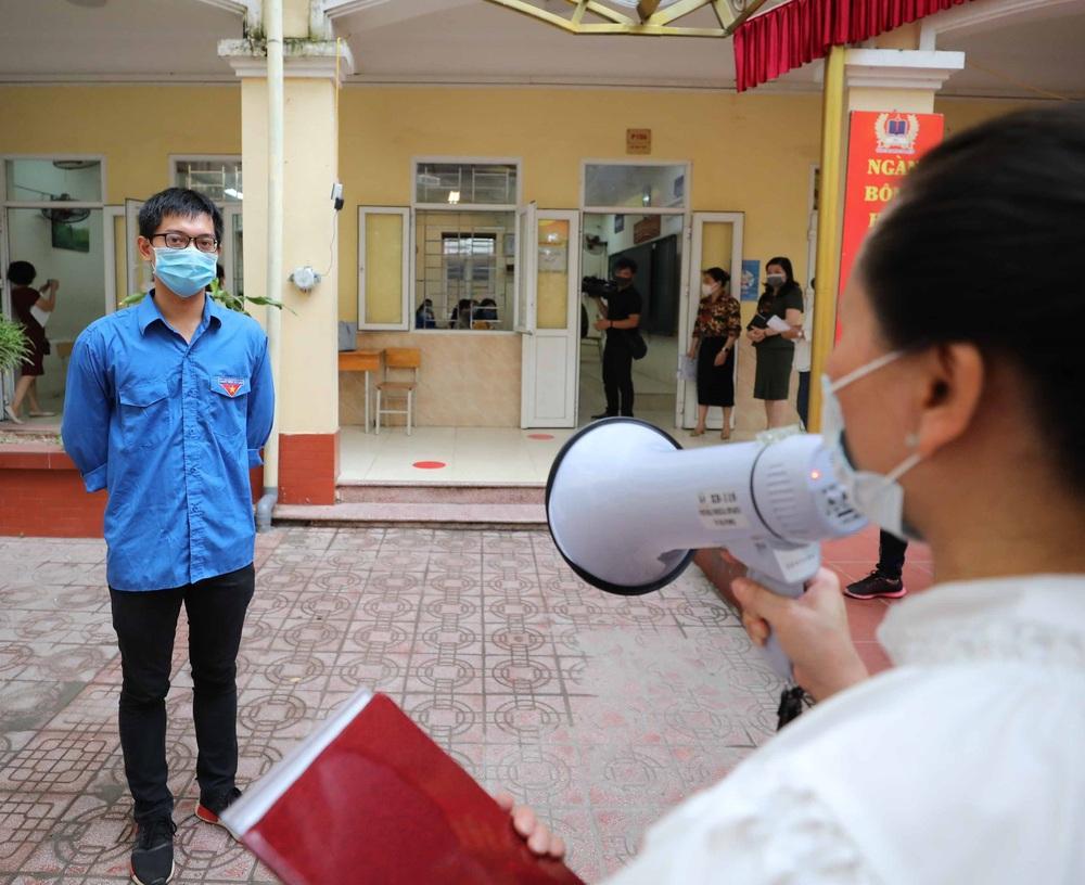 Hà Nội diễn tập phòng, chống dịch COVID-19 cho kỳ thi vào lớp 10 - Ảnh 22.