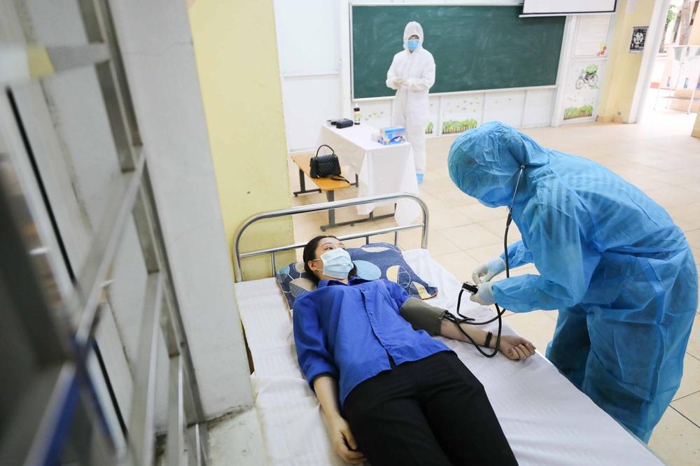 Hà Nội diễn tập phòng, chống dịch COVID-19 cho kỳ thi vào lớp 10 - Ảnh 5.