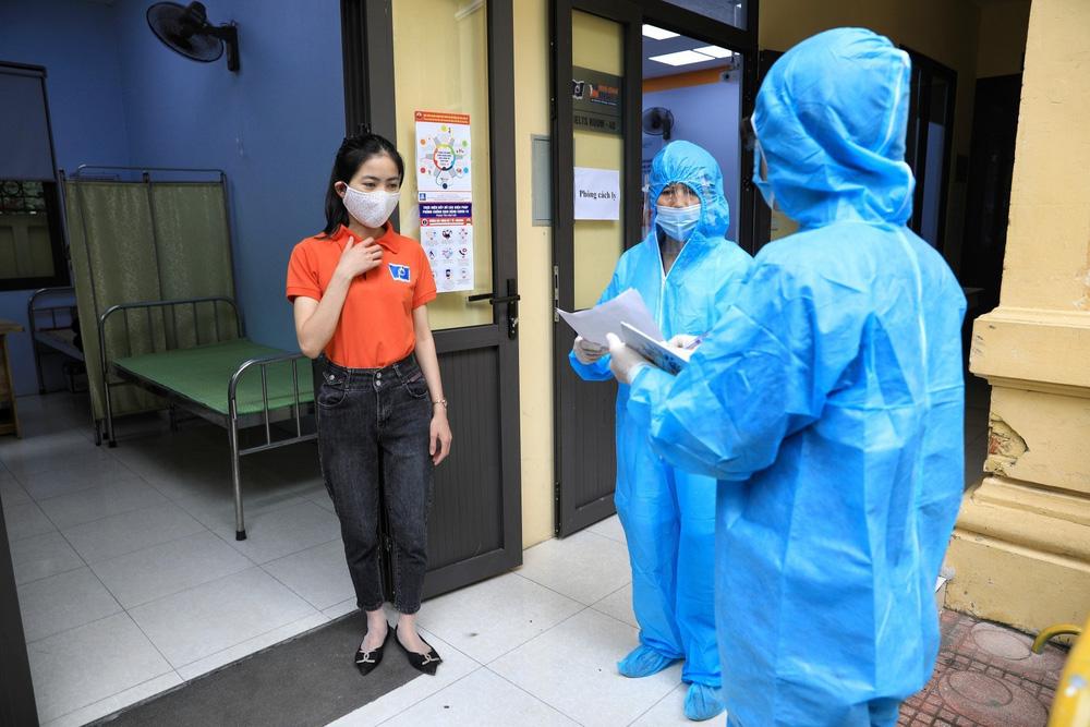 Hà Nội diễn tập phòng, chống dịch COVID-19 cho kỳ thi vào lớp 10 - Ảnh 29.