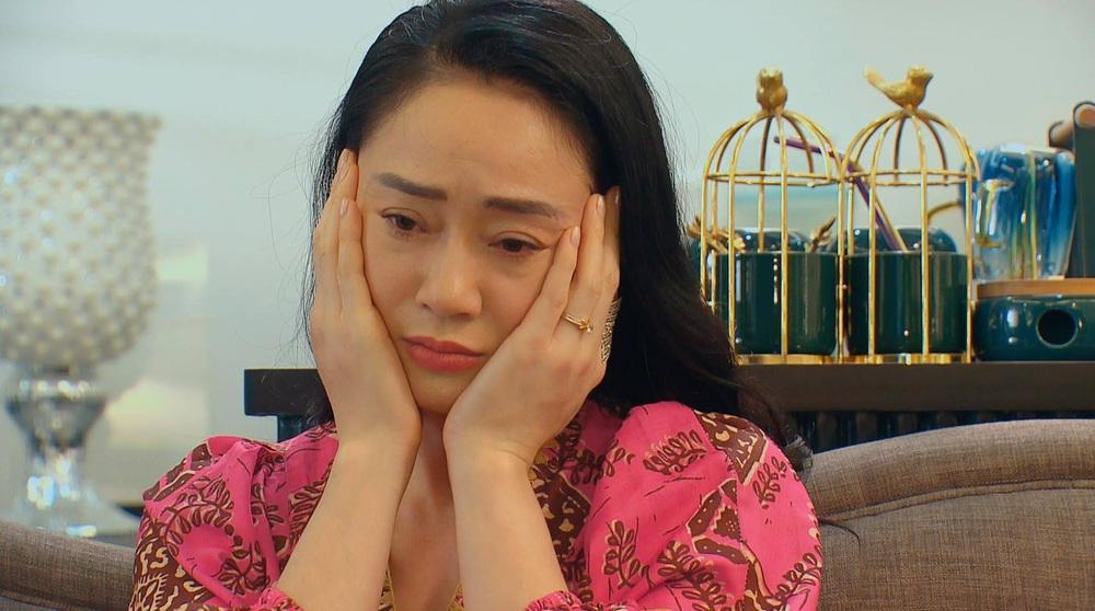 Hương vị tình thân: Bị ném đá trên phim nhưng bà Xuân cực đáng yêu ở hậu trường - Ảnh 3.