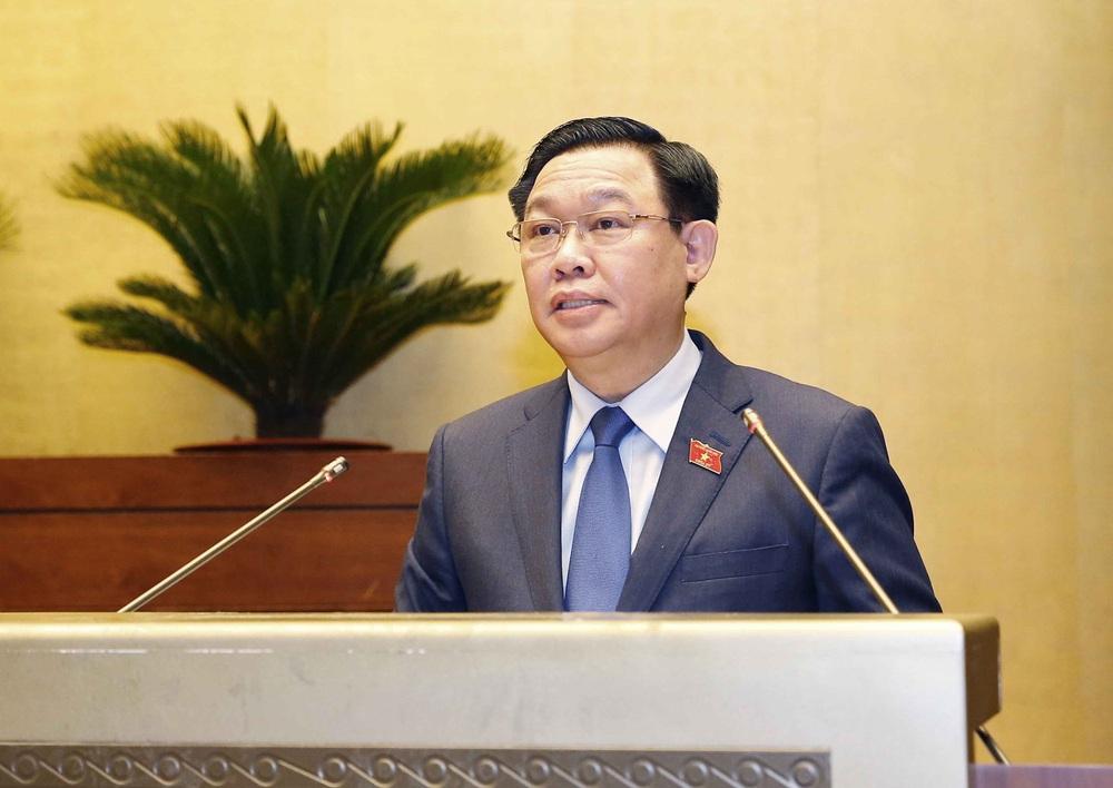Quốc hội thống nhất cao về công tác nhân sự, trao thượng phương bảo kiếm chống COVID-19 - Ảnh 10.