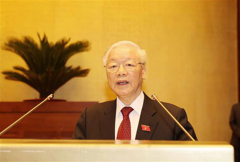 Quốc hội thống nhất cao về công tác nhân sự, trao thượng phương bảo kiếm chống COVID-19 - Ảnh 1.