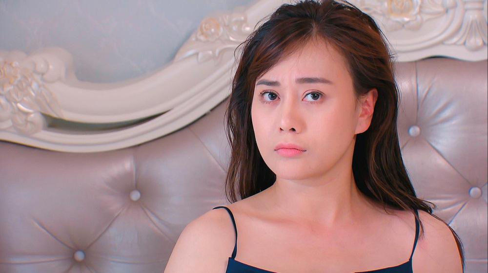 Thời trang đồ ngủ trên phim của Phương Oanh, Hồng Diễm cùng các nữ diễn viên - ảnh 30