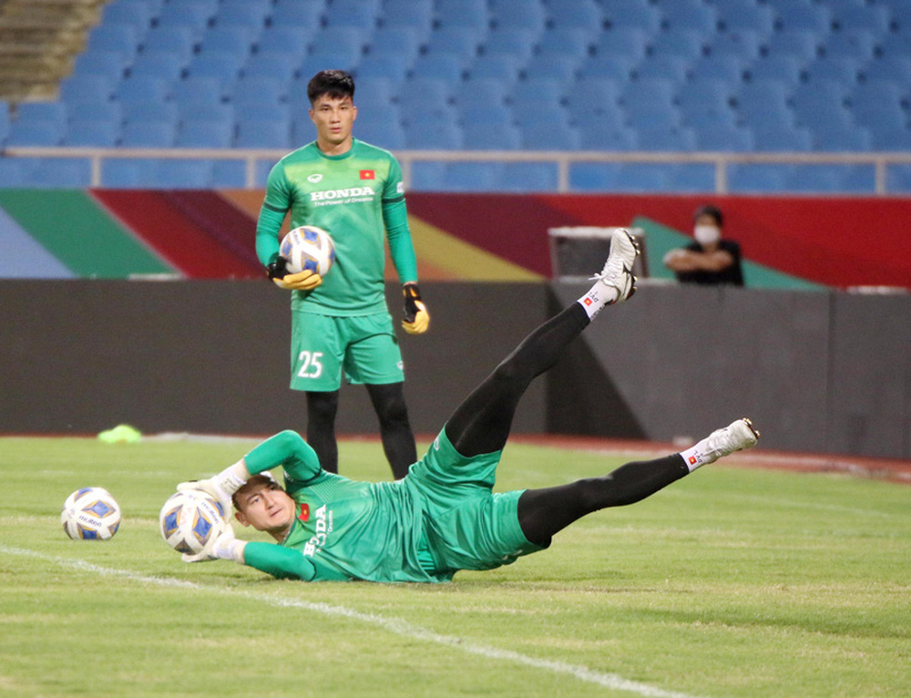 ĐT Việt Nam tập trên sân Mỹ Đình, sẵn sàng cho trận gặp ĐT Australia - Ảnh 7.