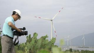Tác nghiệp trên vùng điện gió