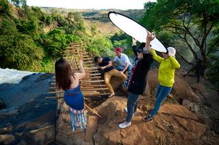 Tác nghiệp trên ngọn thác Phú Cường