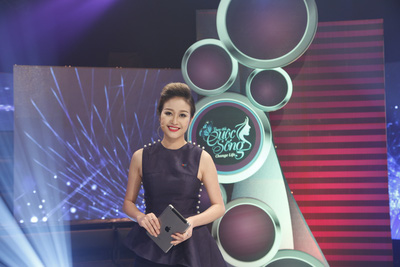 Phí Nguyễn Thùy Linh