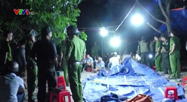 Bình Thuận: Đột kích sòng bạc giữa rừng, bắt giữ 20 đối tượng