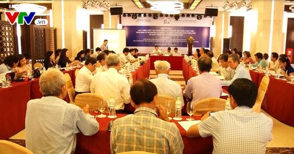 Hội thảo lấy ý kiến góp ý dự thảo Nghị định sửa đổi, bổ sung Nghị định 66/2006/NĐ-CP về phát triển ngành nghề nông thôn. (Ảnh: Anh Dũng/VTV8)