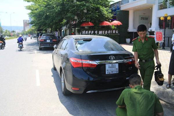 Truy tìm nhóm thanh niên đập phá hàng loạt xe ô tô tại Đà Nẵng
