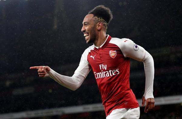 """Aubameyang muốn đào tẩu khỏi Arsenal phải quyết đoán """"vượt rào"""""""