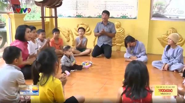 Ngôi chùa nhỏ - mái nhà lớn của những đứa trẻ bất hạnh tại Lâm Đồng