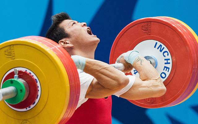 Cử tạ Việt Nam giành 3 vé đến Olympic Tokyo - Ảnh 1.