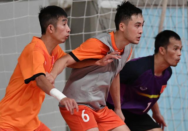 Sáng mai (12/9), ĐT Futsal Việt Nam ra quân tại VCK World Cup 2016 - Ảnh 1.