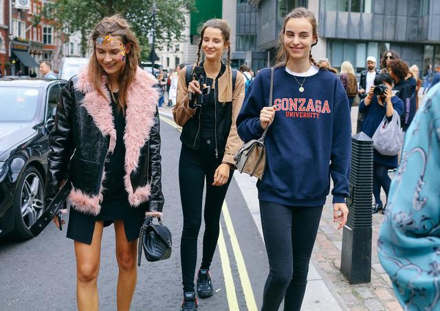 Tăm tia thời trang đường phố London cực chất và cá tính - Ảnh 1.