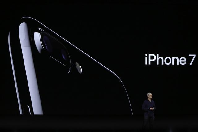 iPhone 7, iPhone 7 Plus và 10 nâng cấp chắc chắn móc túi fan Apple - Ảnh 1.