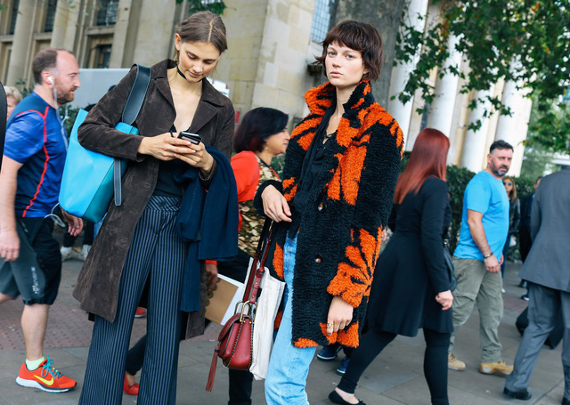 Tăm tia thời trang đường phố London cực chất và cá tính - Ảnh 8.