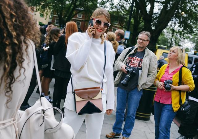 Tăm tia thời trang đường phố London cực chất và cá tính - Ảnh 12.