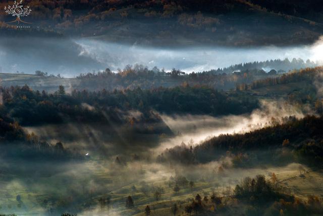 Những khuôn hình đắt giá của mùa thu Romania từ máy ảnh rẻ tiền - Ảnh 11.